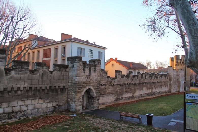 아비뇽 성벽
