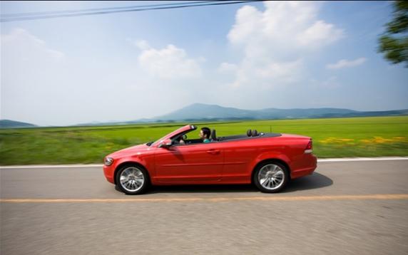자동차로 즐기는 해외여행 어떠세요?