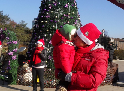 매년 12월에 열리는 산타 페스티벌!