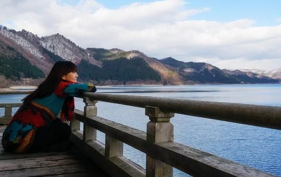 아키타, 전설이 가라앉은 겨울 호수를 만나다
