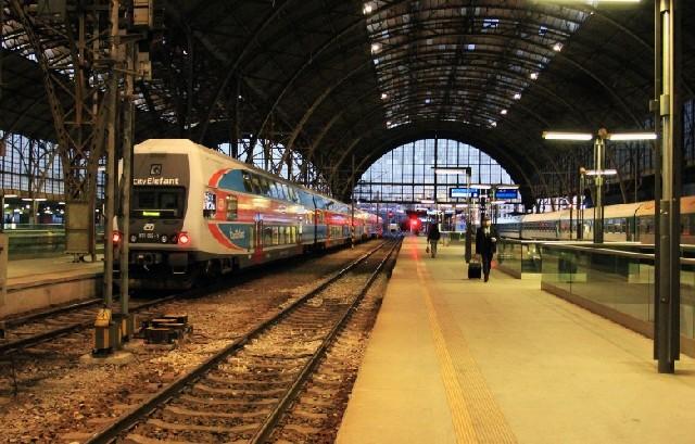 체코, 기차는 우리를 싣고 올로모우츠로 간다