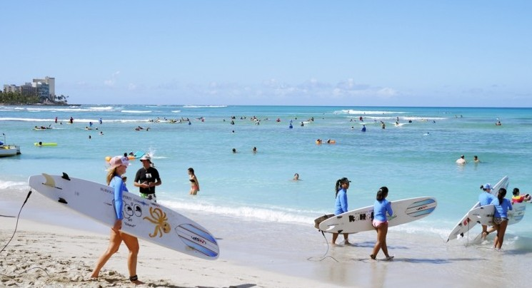 진정한 와이키키의 매력! 하와이 서핑 즐기기