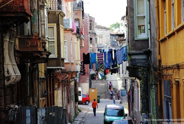 터키 이스탄불의 작은 마을, 페네를 거닐다!