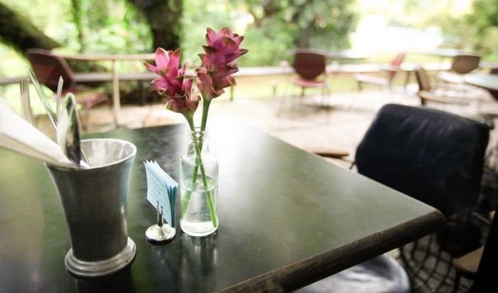 개성만점! 싱가포르 카페에서의 달콤한 휴식