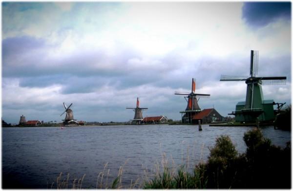 네덜란드의 고요한 풍차마을, 잔세스칸스!