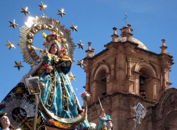 페루 푸노(Puno)의 '깐델라리아 성모 대축제' 참관기