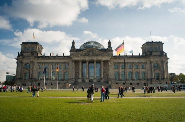 베를린 국회 의사당의 명물 – 유리 돔