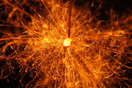 언제 어디서나 퐈이아! 일본 '편의점표 불꽃놀이'!