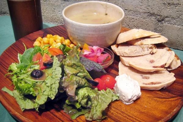 건강식을 먹는다! 홍대밥집 수카라