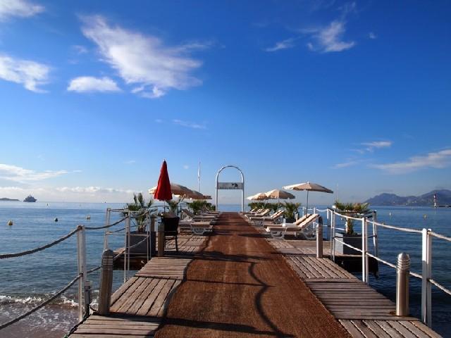 프랑스 남부여행, 칸 해변에서의 아침