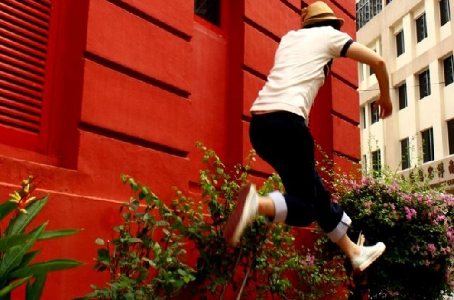 싱가포르의 강렬한 빨간 점! 레드닷 트래픽