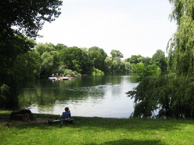 베를린에서 물놀이 하는 법?