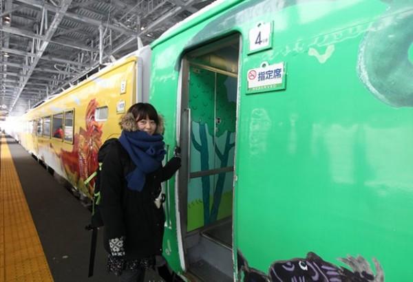 홋카이도 동물원으로 가는 특급열차!