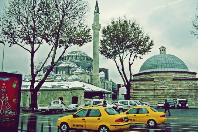 터키 어디에서나, 자미Camii가 있는 풍경