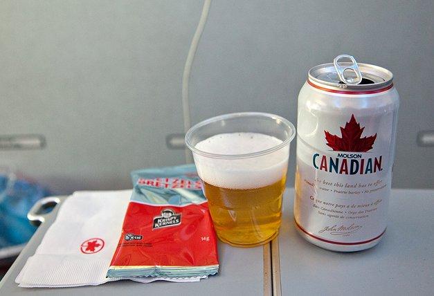 단풍잎 맥주 CANADIAN 마시며 캐나다로 향하다!