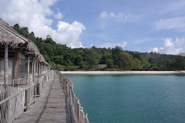 몰디브 대신 인도네시아 텔루너스 리조트