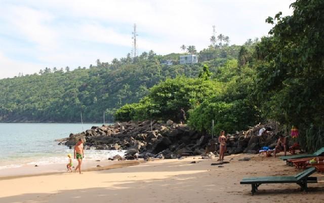 인도양 해변에서의 휴양, 스리랑카 우나와투나 해변
