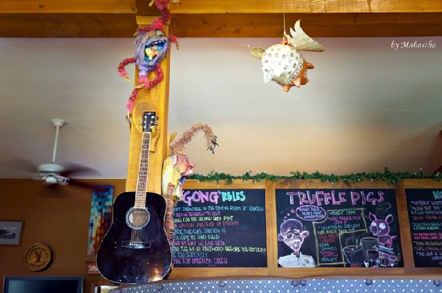 캐나다, 날으는 돼지의 레스토랑