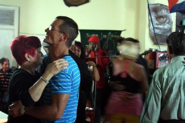 영혼이 함께 춤추는 밤, 산타클라라 쿠바