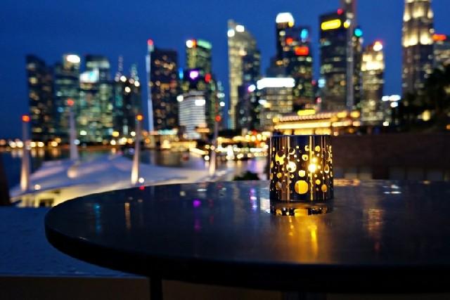 낭만적 싱가포르, 눈높이 야경 즐기기
