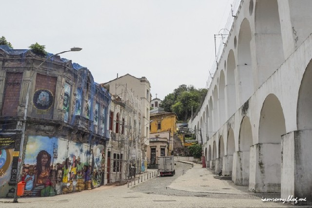리우데자네이루에서 로마여행, 라파 카리오카 수도교