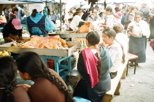 알록달록 시끌벅쩍, 오타발로 에콰도르