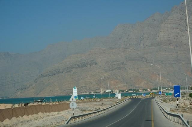 두바이에서 하는 오만의 무산담 반도 당일치기 드라이브
