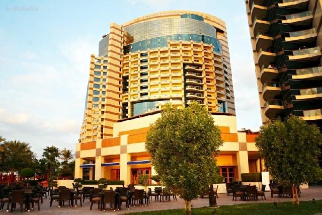 아부다비, 사막과 바다 즐기는 호텔놀이