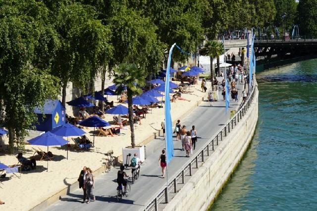 파리는 축제 중! 파리의 도심 속 해변, 파리 플라주(Paris Plage)