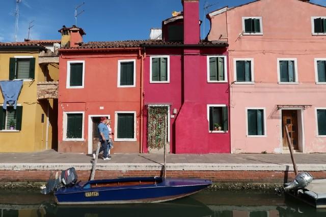 동화 속 이야기가 있는 '베네치아 팔레트'로 오세요!