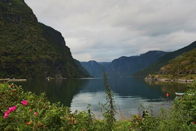 피오르드의 매력에 흠뻑 빠지는 노르웨이 플롬마을