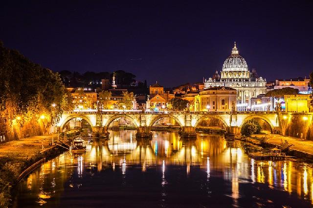 걸어서 로마 여행, 어느 날의 밤 산책